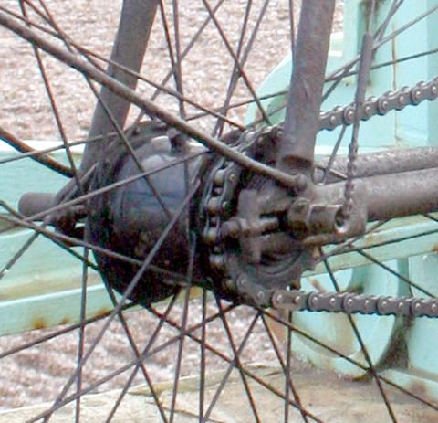 1902_rear_hub
